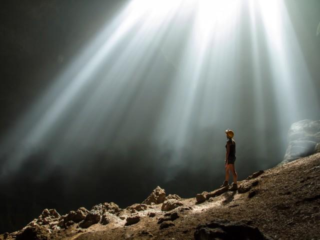 Im Rampenlicht – Jomblang Cave